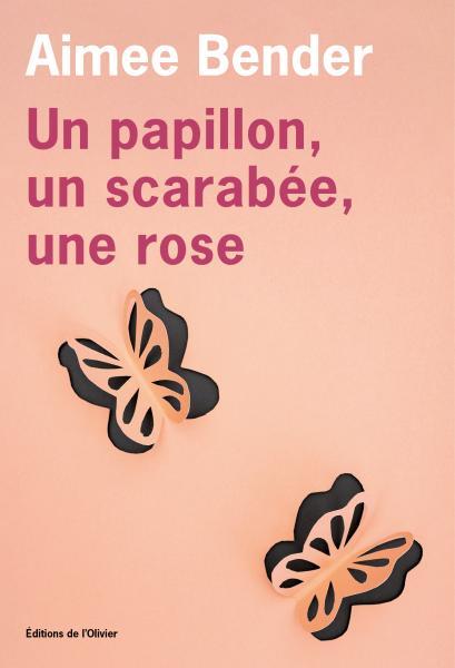 Un papillon, un scarabée, une rose